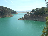 click to visit Andalucia Travel Guide Ardales Lakes website
